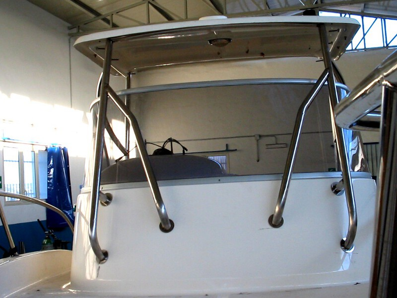 222051436574 further The Basics Of Lashing And Cargo Securing On Ships likewise Doing Glass Bi Fold Doors Right Way also Portacanne Per Fly E Hard Top likewise Photogallery. on marine roll bar